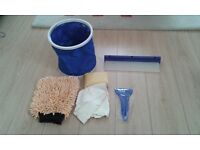 Car cleaning kit iseal for car shows or caravans - Collapsible Bucket, Drying Blade, Chamois and mit