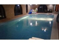 Two double rooms near Goole, heated indoor pool, off street parking, bills & amenities included