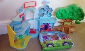 Excellent condition Moshi Monsters toys.