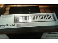 M audio Keystudio keyboard
