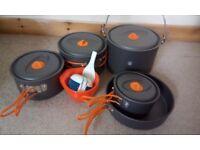 Camping pot set and plastic bowls