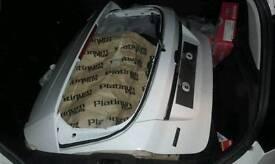 Fiesta tail boot lid
