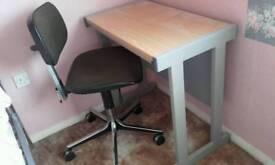 Metal frames desk