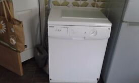Dishwasher hoover chrystaljet white