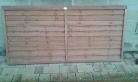 New Traditional Overlap Fence Panel