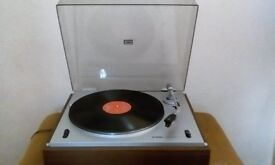 YAMAHA RECORD DECK MODEL YP-400 FITTED WITH AUDIO TECHNICA CARTRIDGE