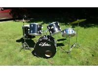 I aria drum kit black