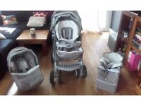 Graco Quattro Tour Deluxe Travel System in Grey/Beige