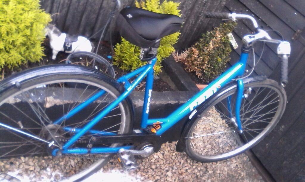 Teal breeze bike