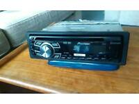 Pioneer DEH -7300BT car stereo cd player/mp3
