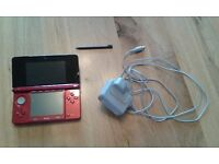 Nintend 3DS - with pen, charger and six games