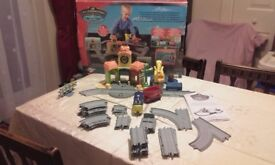 Chuggingtons - Brewster and Vees Roundhouse Playset