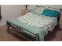 Double Bedroom - Eday Creescent - Short stays