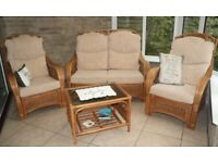 CONSERVATORY FURNATURE SET - Very Good Quality - Almost New