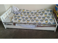 triple wardrobe and bed for kids bedroom