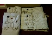 2 x Cot bed bumper and quilt