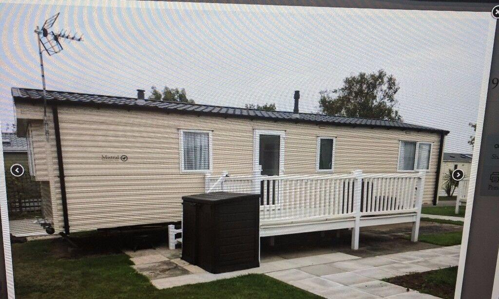 Luxury Static Caravan for sale in New Pines 5* park in north wales.