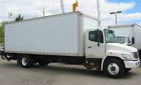 2008 Hino 338 diesel with 26 ft box