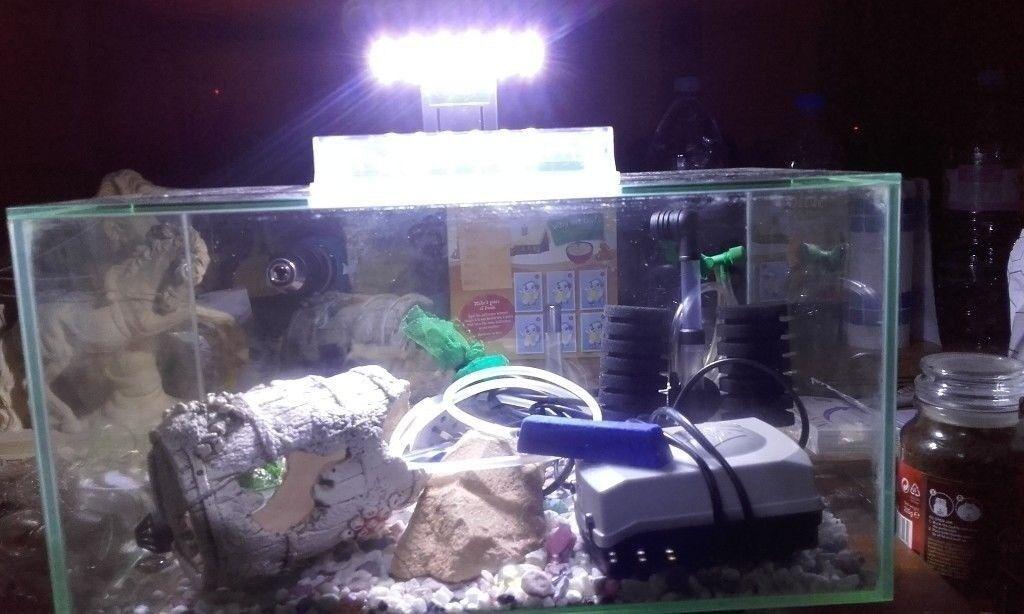 18 X 10 X 10 INCH TROPICAL AQUARIUM/FISH TANK/PETS