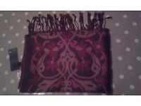 Per una scarf /shawl brand new with tags mothers day