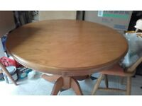 SOLID PINE ROUND PEDESTAL DINNING TABLE EXCELLENT USED CONDITION FREE LOCAL DELIVERY 07486933766