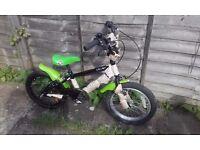 "Bargain for Xmas NOS Muddy Splat 16"" BMX kids bike Vbrakes mudguards for4-6years WARRANTY & DELIVERY"