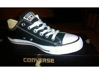 Womens converse all star size 6