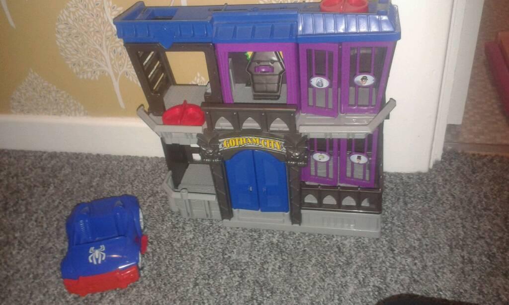 Marvel batman house and spiderman car