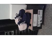 Uggs - Immaculate boots blue size 6-12 months