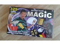 Boxed magic trick set-325 tricks