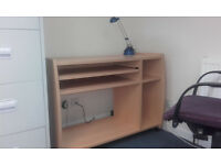 Desk FREE if you can collect by 4pm Tues 30 Aug
