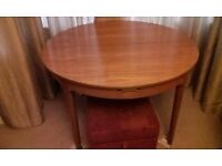 Nathan dining table & chairs