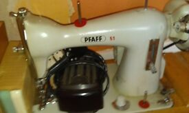 Singer and pfaff electric sewing machines £25 each