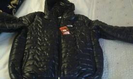 North face bubble jacket. Xxl