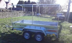 Trailers twin axle 8.7 x 4.1 whit cover
