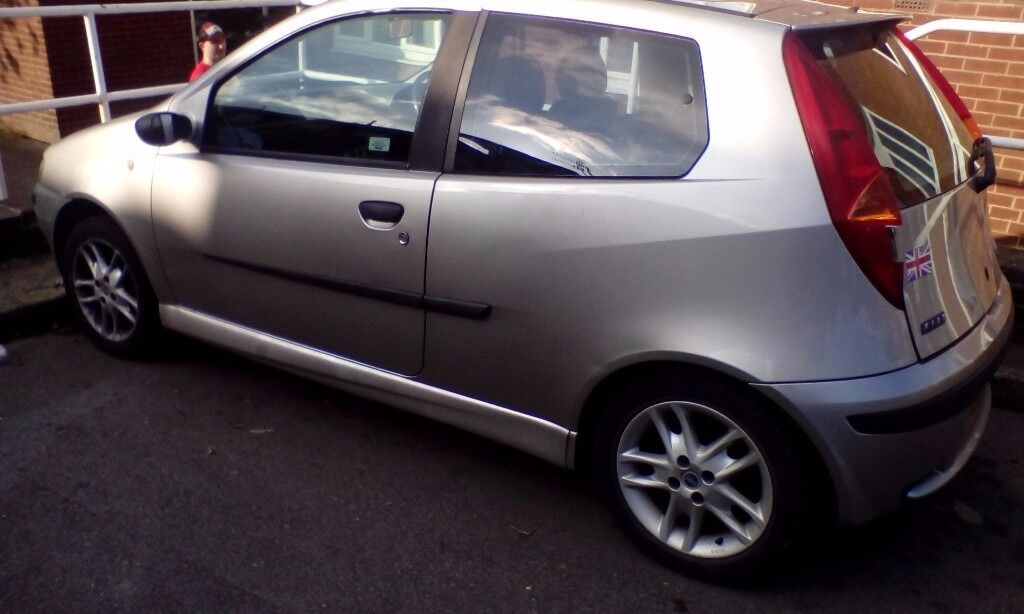 fiat punto sporting 2000 plate in silver in sheffield south yorkshire gumtree. Black Bedroom Furniture Sets. Home Design Ideas