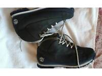 Timberland boots/ offers/8.5/ hardly worn