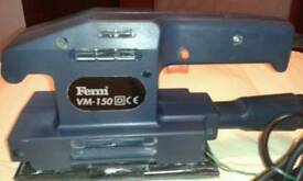 Electric sander good working mobile 07576845715 only text