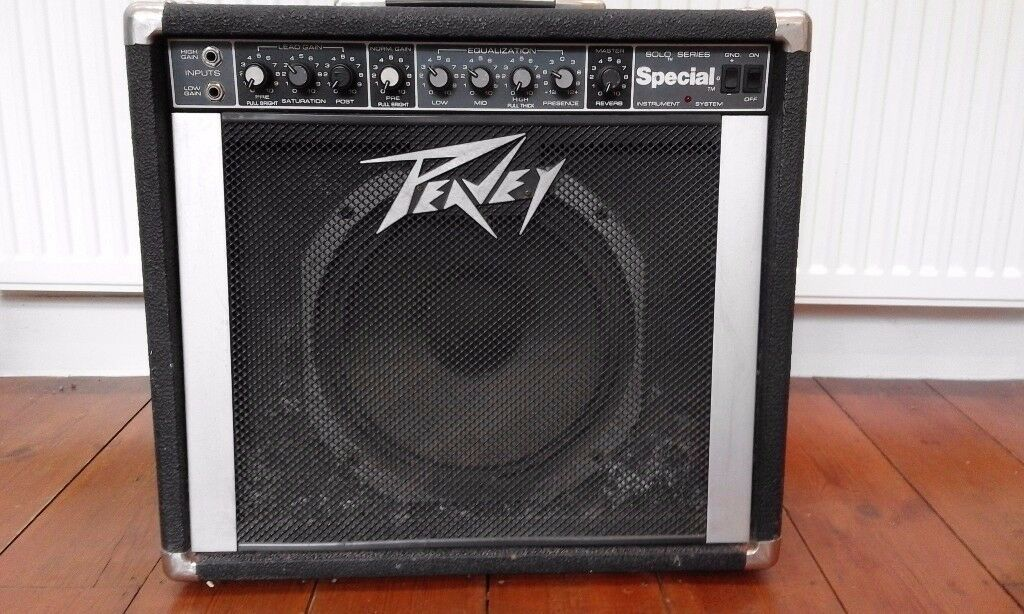"""PEAVEY SPECIAL Solo Series 300W Guitar Amp with SCORPION 12"""" Speaker"""
