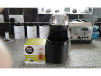 Nescafe Dolce Gusto Genio 2 automatic coffee machine