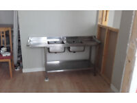 Double sink with draining boards
