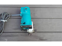 Makita Electric Trimmer 240volts