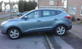 excellent condition full service history 17inalloy wheels heated seats air condition parking sensors