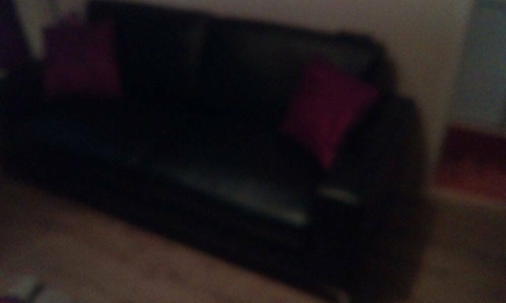 3 seatee sofa and 2seater chair to match