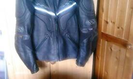 new gents leather jacket size L. reduced.