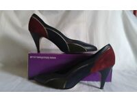 New Lotus Plaza Shoes Size 7 (40)