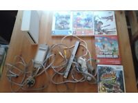 Nintendo Wii bundle games, controller and console. Good condition. Selling and Swapping