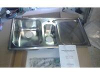 Rangemaster Chicago 1 + 1/2 bowl stainless steel sink