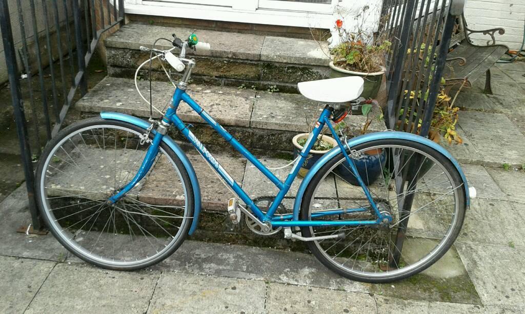 Old style halfords bike 3 speed