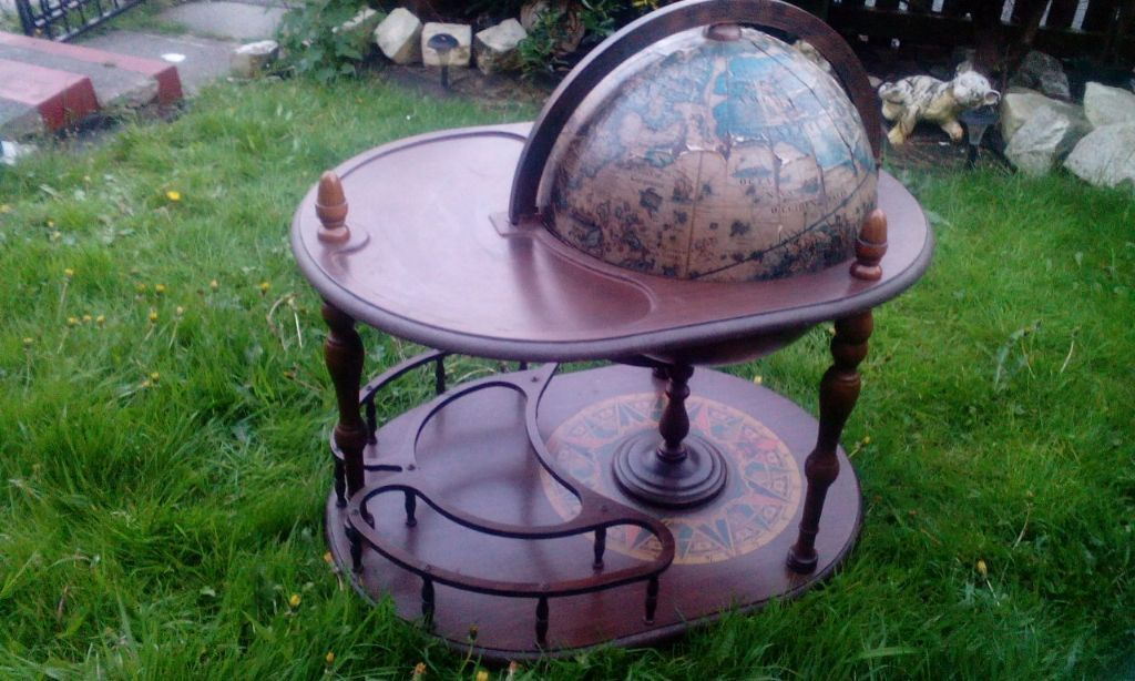 vintage globe drinks trolley bar drinks cabinet